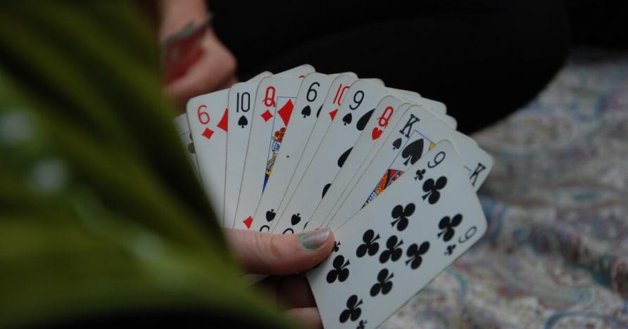 Защо хората Gamble