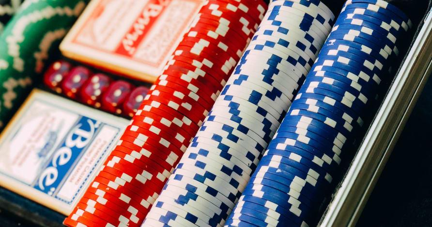 Сделка за казино на живо Evolution Gaming с CBN Limited и AGLC