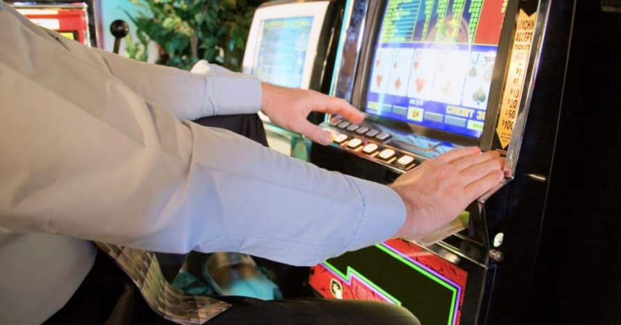 Как се играе видео покер: Пълно ръководство за начинаещи