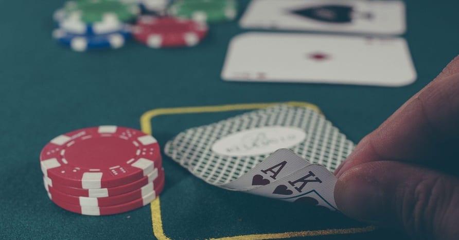 Онлайн покер - основни умения