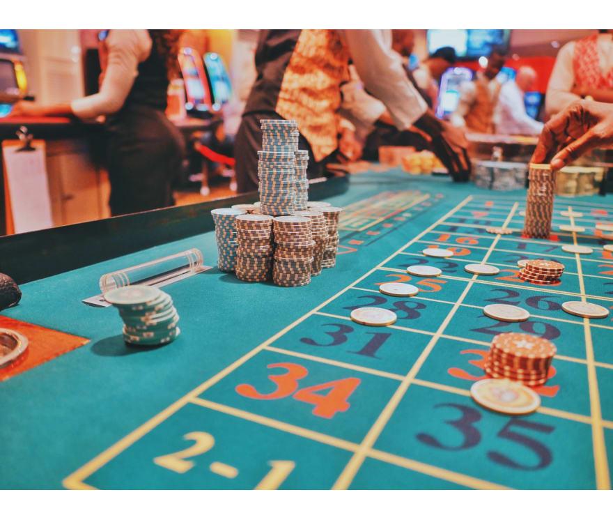Играйте Тексас Холдем онлайн – Топ 24 Онлайн казиноа, плащащи най-много за 2021 г.